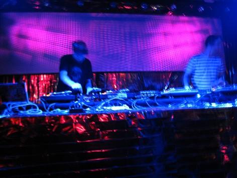 Das DJ-Pult im Erdgeschoss